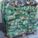 Palette-mit-30-Sack-Brennholz-150x150 in